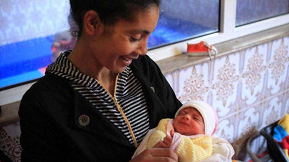 100% mamas: mujeres solteras marroquís que sufren discriminación