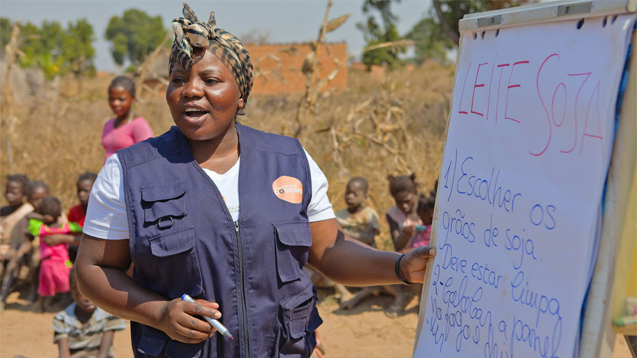 Escuelas de campo: aprendizaje de futuro en la lucha contra el hambre en Angola